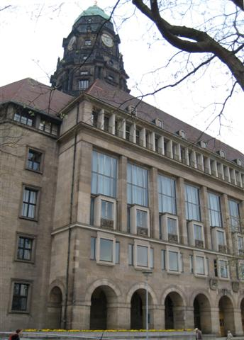 Verwaltungszentrum Dresden - Rathaus Dr.-Külz-Ring