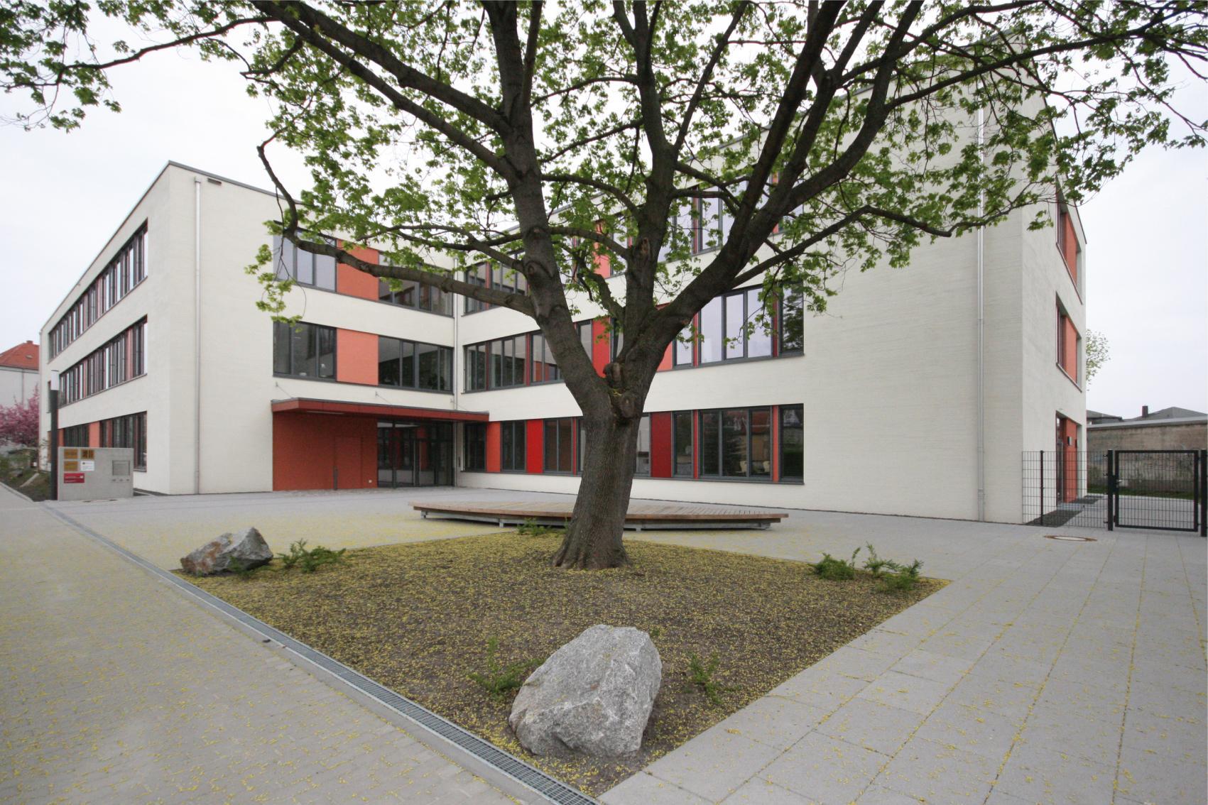 Projektsteuerung 144 Grundschule Dresden Hpm Henkel Projektmanagement