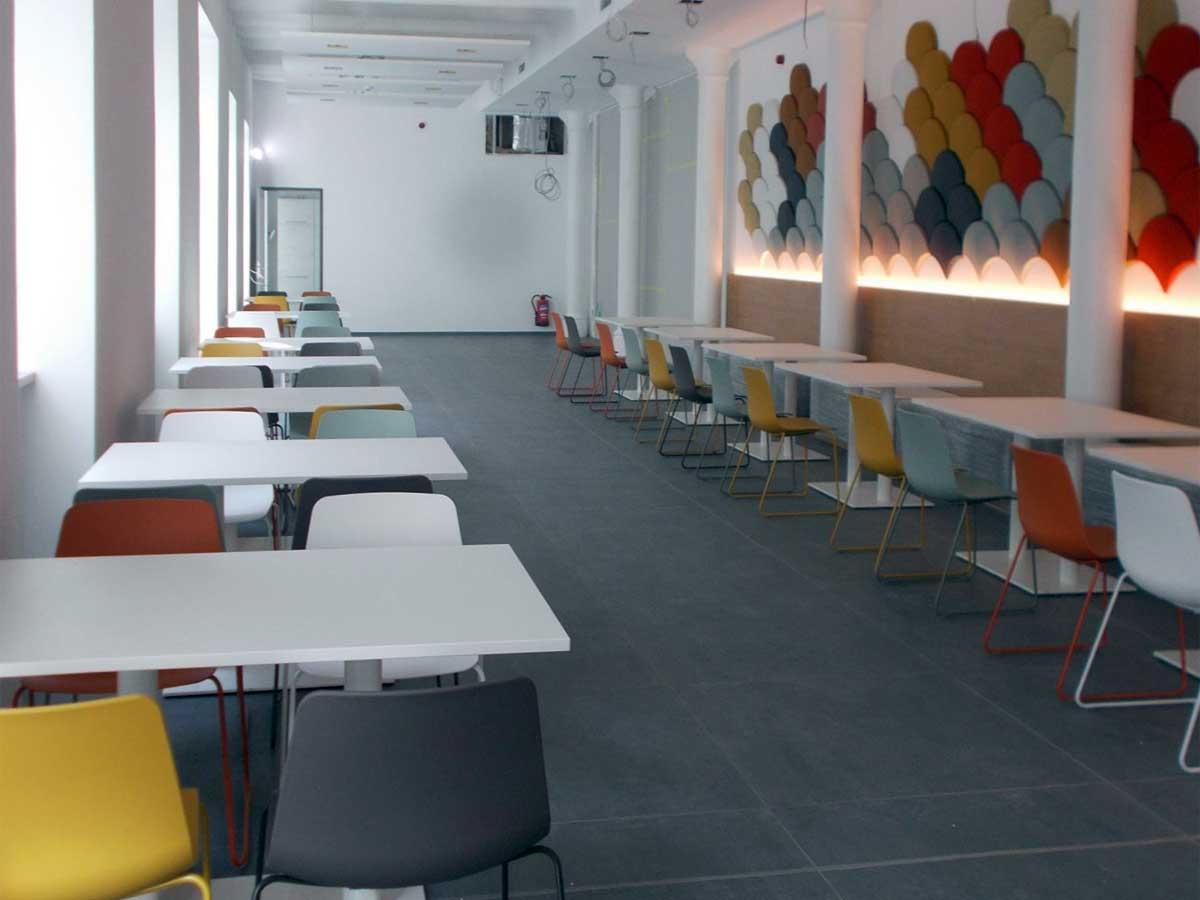 Sitzgruppen im neuen Novaled Firmensitz in Dresden