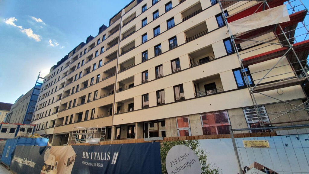 Fassadengestaltung am neuen Wohnquartier am Altmarkt in Dresden, Foto: hpm