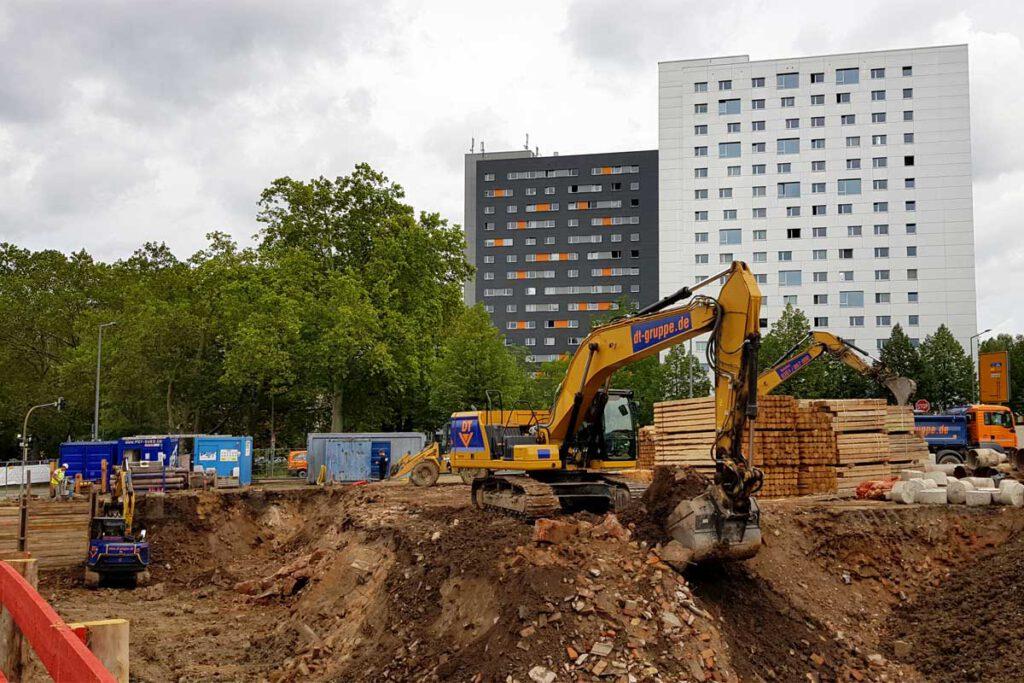 Baubeginn für das REWE-Haus am Fritz-Löffler-Platz in Dresden (Foto: hpm)